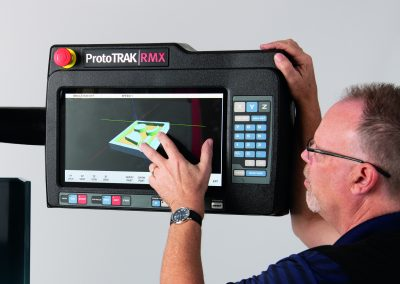 Positive reaction at Southern Manufacturing for the new ProtoTRAK control