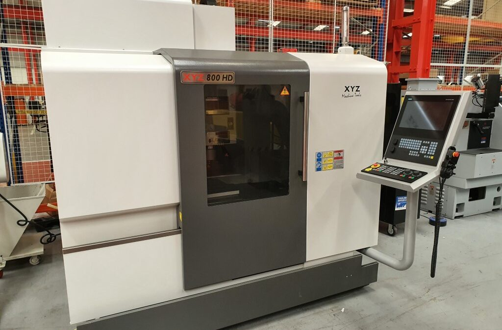 Used 2019 XYZ 800 HD VMC with Siemens Touchsceen Control